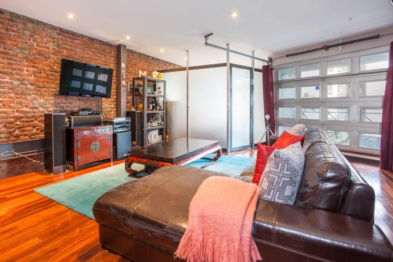 Condo Apartment at 302 1230 HAMILTON STREET, Unit 302, Vancouver West, British Columbia. Image 3