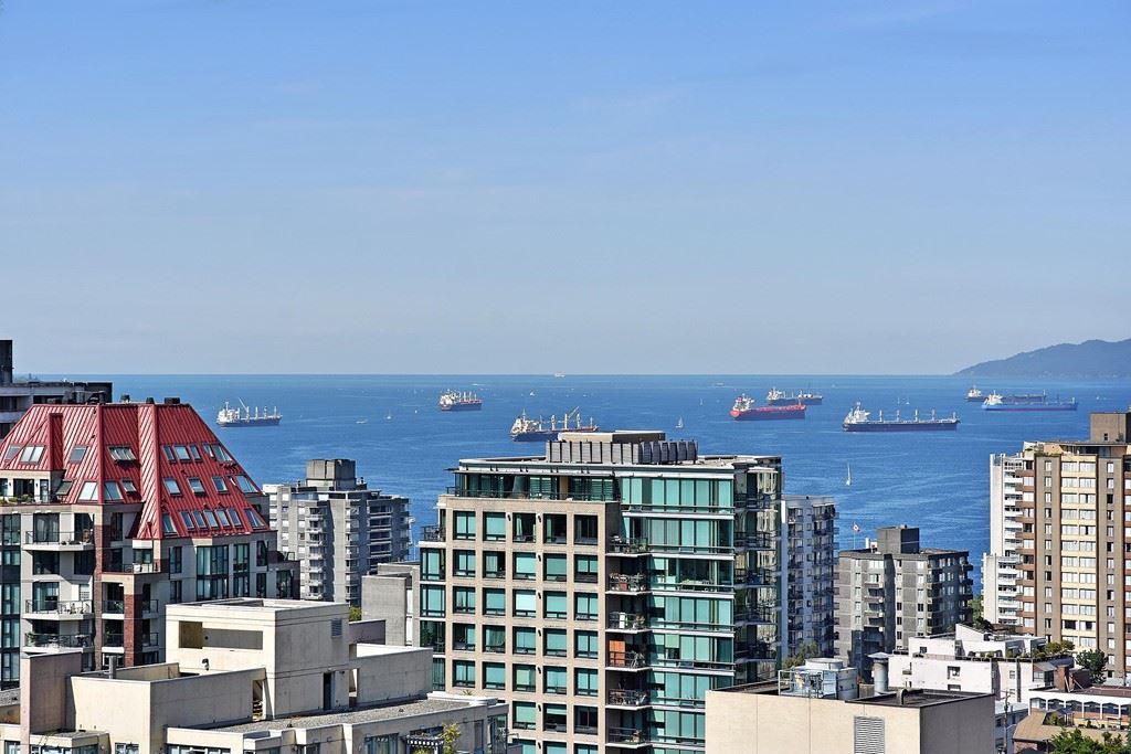 Condo Apartment at 2804 1189 HOWE STREET, Unit 2804, Vancouver West, British Columbia. Image 1