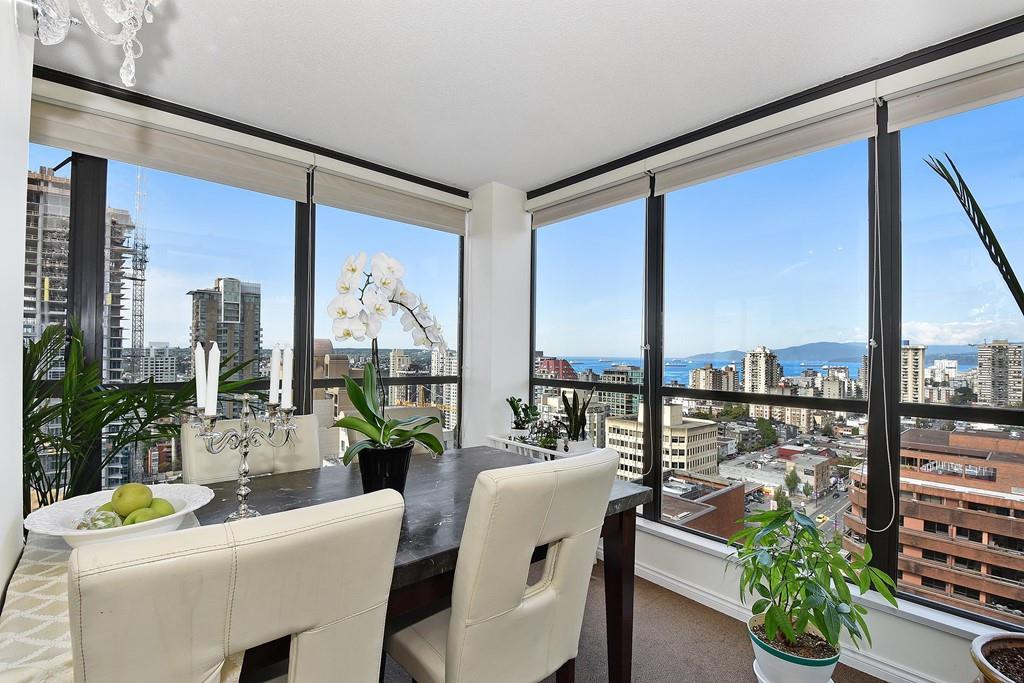 Condo Apartment at 2804 1189 HOWE STREET, Unit 2804, Vancouver West, British Columbia. Image 2