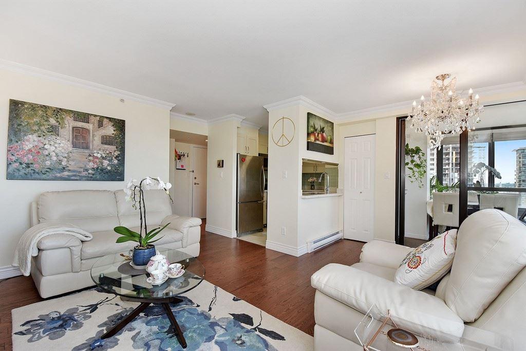 Condo Apartment at 2804 1189 HOWE STREET, Unit 2804, Vancouver West, British Columbia. Image 6