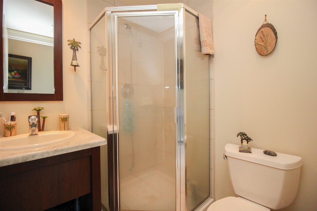 Condo Apartment at 1103 7388 SANDBORNE AVENUE, Unit 1103, Burnaby South, British Columbia. Image 10