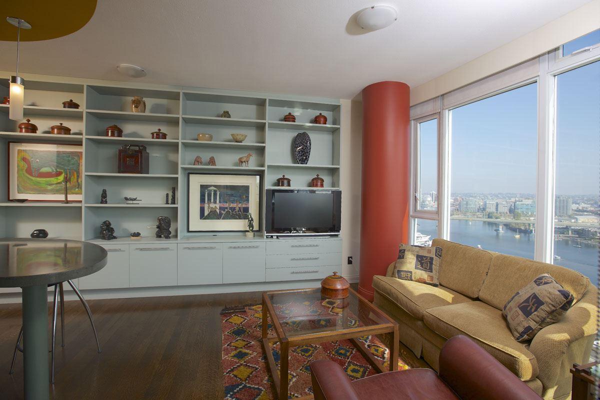 Condo Apartment at 2302 1383 MARINASIDE CRESCENT, Unit 2302, Vancouver West, British Columbia. Image 9