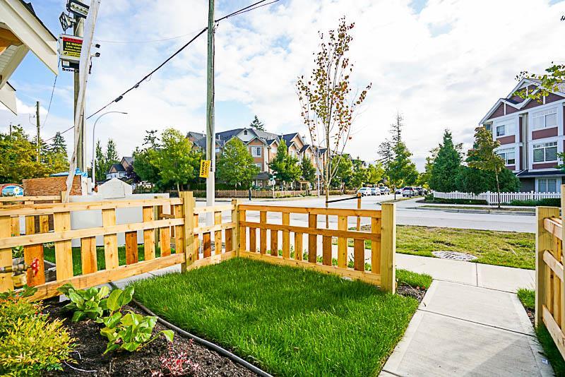 Townhouse at 2 8699 158 STREET, Unit 2, Surrey, British Columbia. Image 4