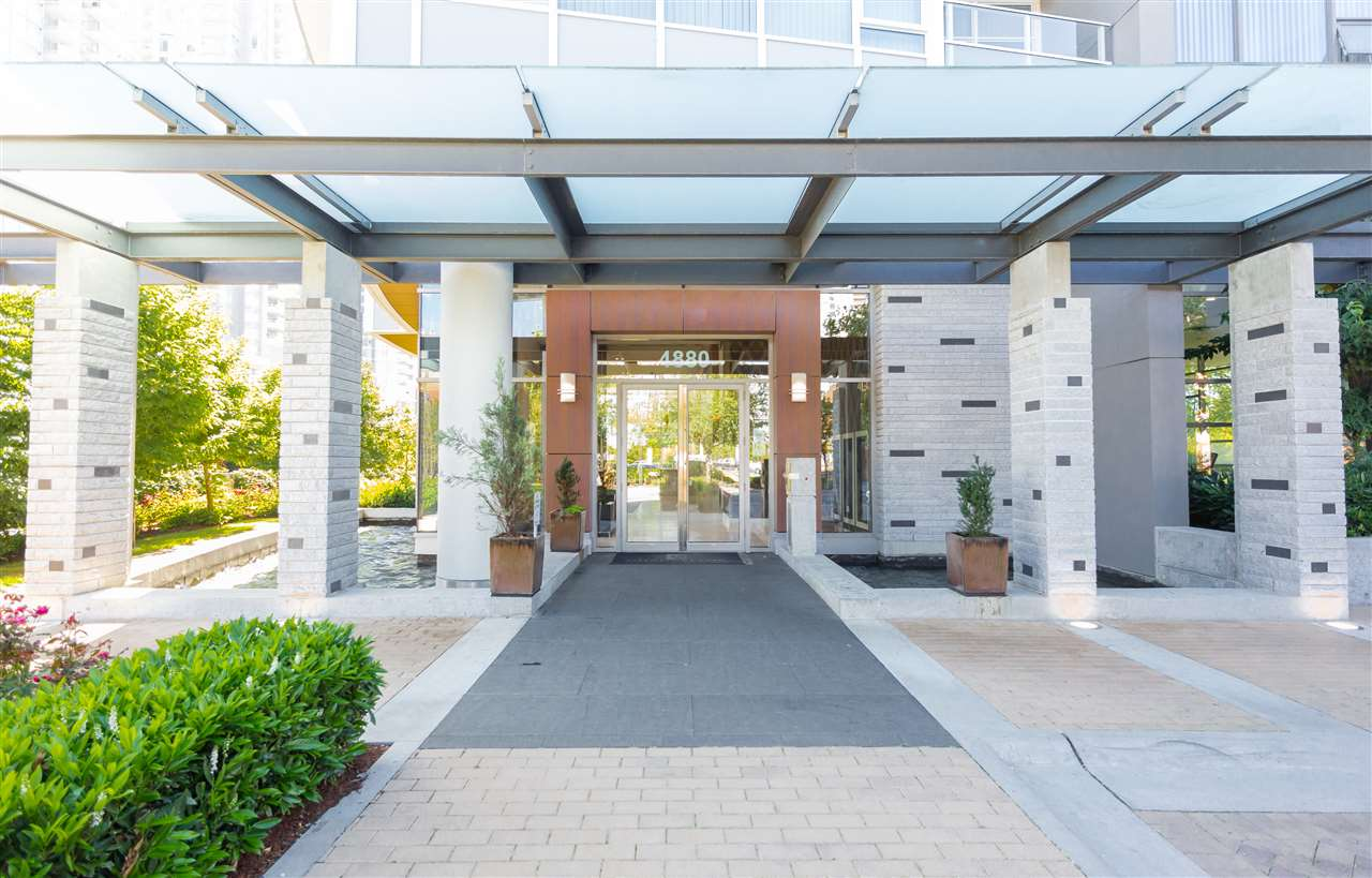 Condo Apartment at 2908 4880 BENNETT STREET, Unit 2908, Burnaby South, British Columbia. Image 3
