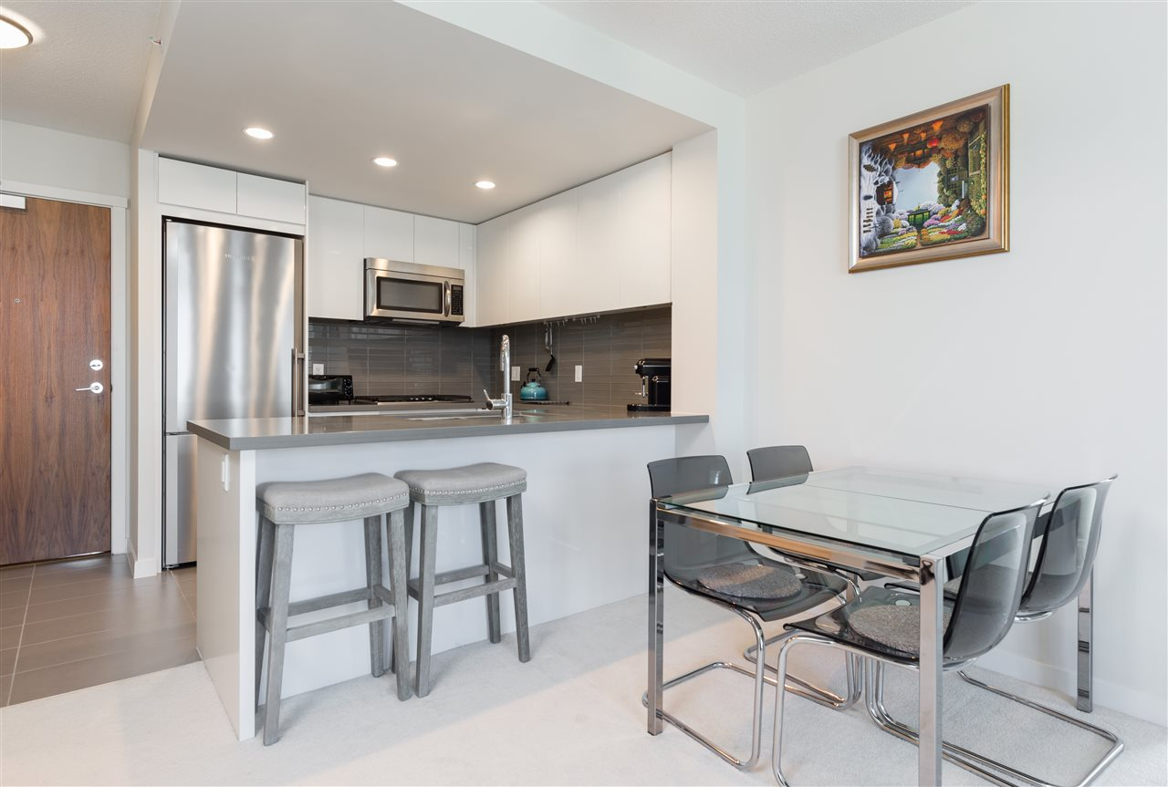 Condo Apartment at 2908 4880 BENNETT STREET, Unit 2908, Burnaby South, British Columbia. Image 5