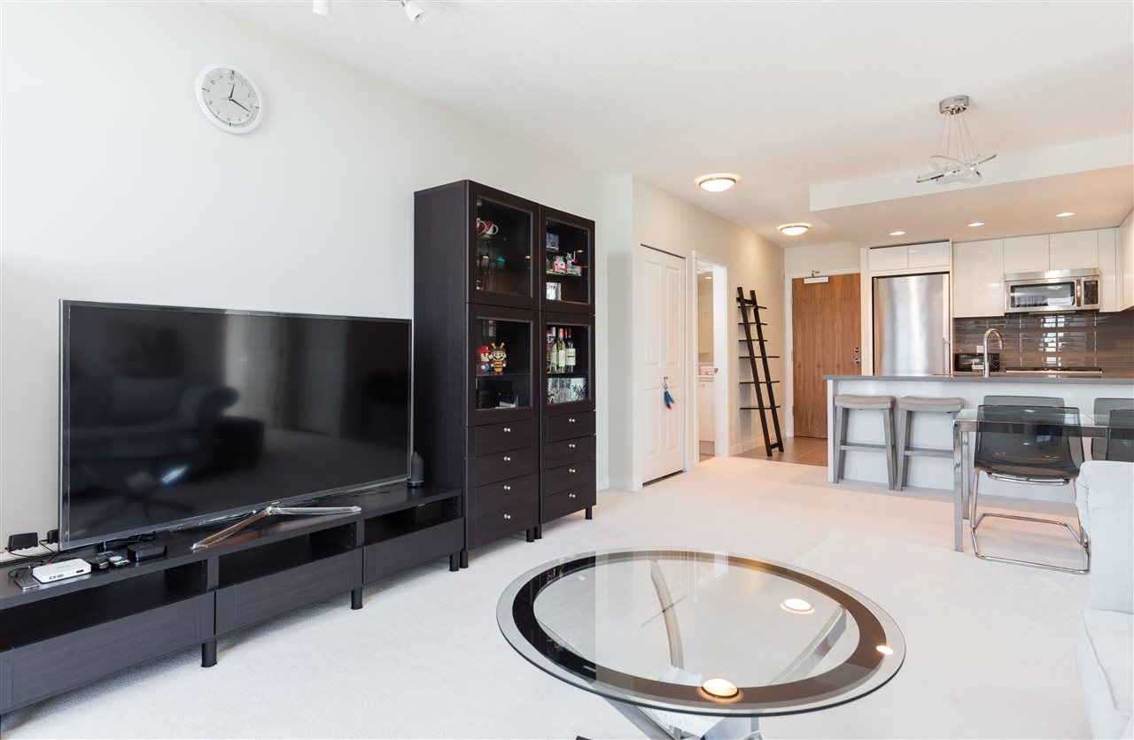 Condo Apartment at 2908 4880 BENNETT STREET, Unit 2908, Burnaby South, British Columbia. Image 7