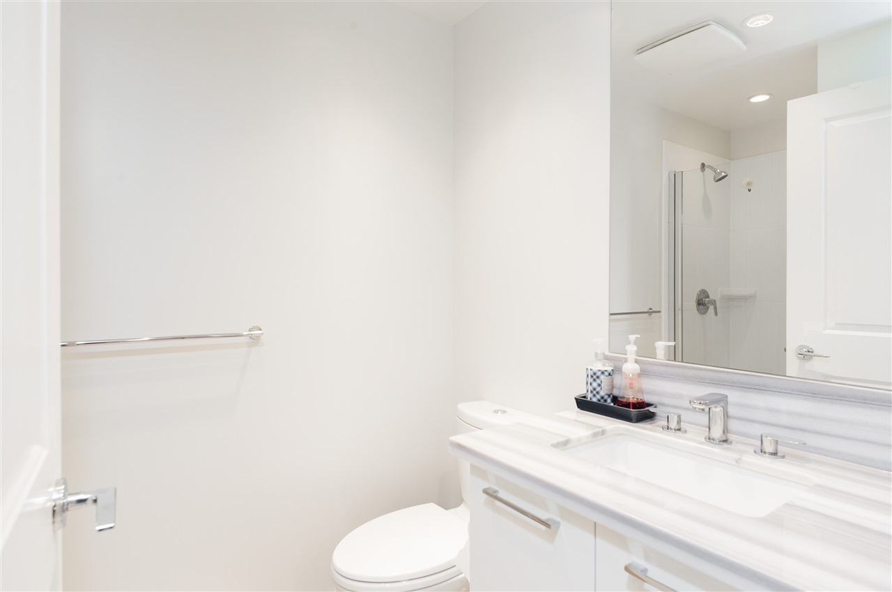 Condo Apartment at 2908 4880 BENNETT STREET, Unit 2908, Burnaby South, British Columbia. Image 14