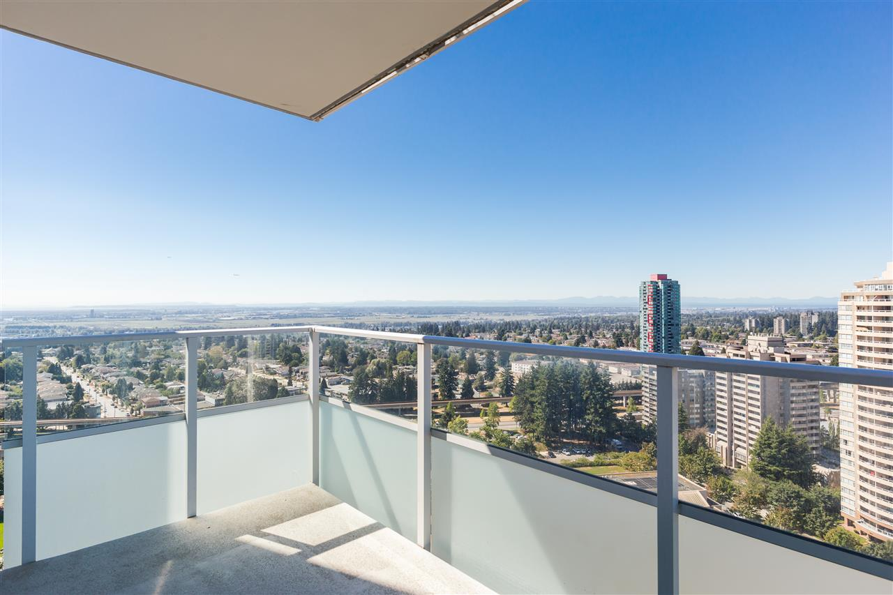 Condo Apartment at 2908 4880 BENNETT STREET, Unit 2908, Burnaby South, British Columbia. Image 15
