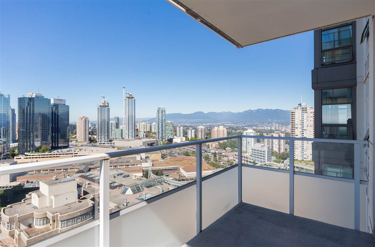 Condo Apartment at 2908 4880 BENNETT STREET, Unit 2908, Burnaby South, British Columbia. Image 16