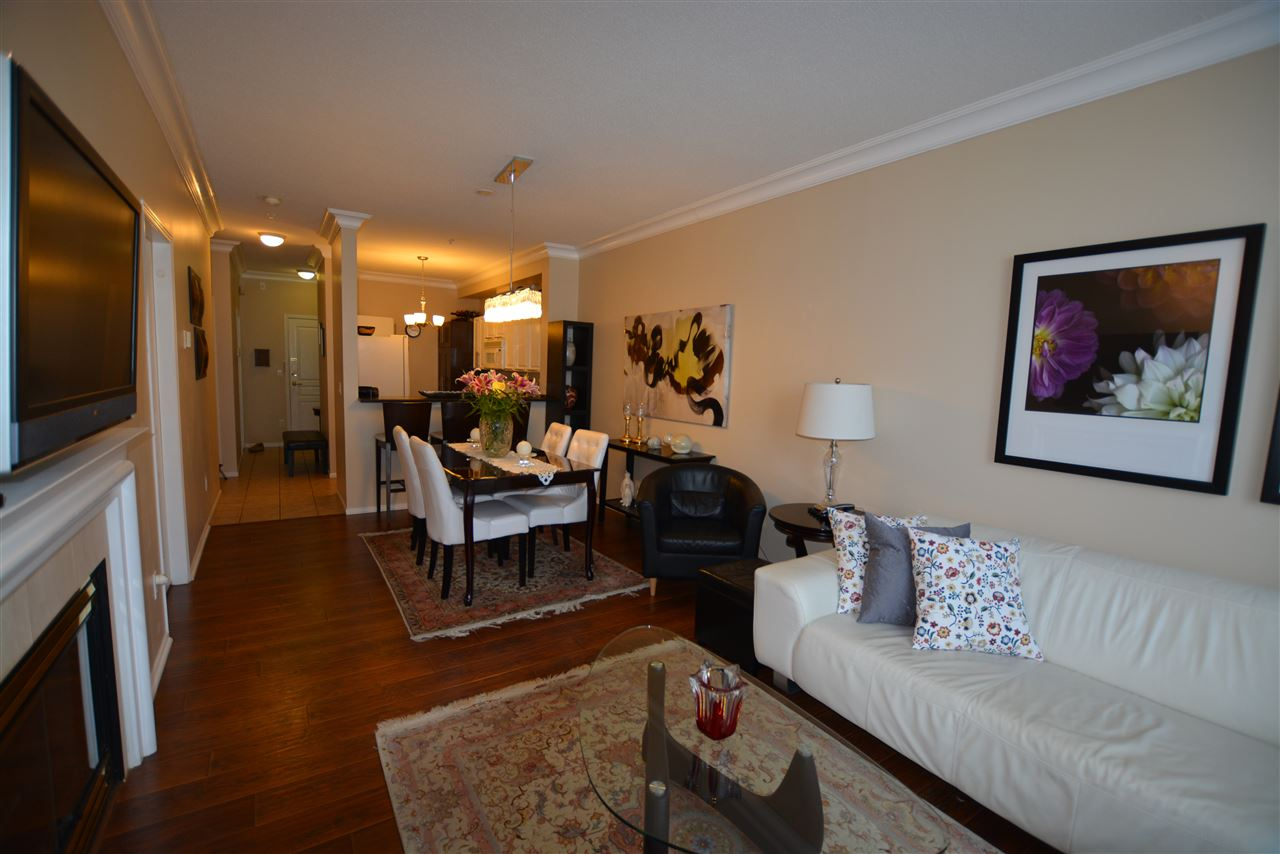 Condo Apartment at 118 5800 ANDREWS ROAD, Unit 118, Richmond, British Columbia. Image 4