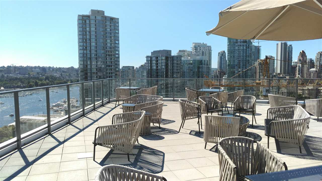 Condo Apartment at 2010 68 SMITHE STREET, Unit 2010, Vancouver West, British Columbia. Image 15
