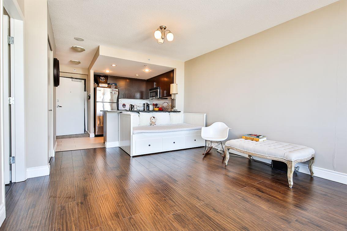 Condo Apartment at 1608 555 DELESTRE AVENUE, Unit 1608, Coquitlam, British Columbia. Image 4