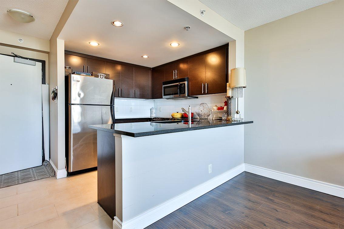 Condo Apartment at 1608 555 DELESTRE AVENUE, Unit 1608, Coquitlam, British Columbia. Image 7
