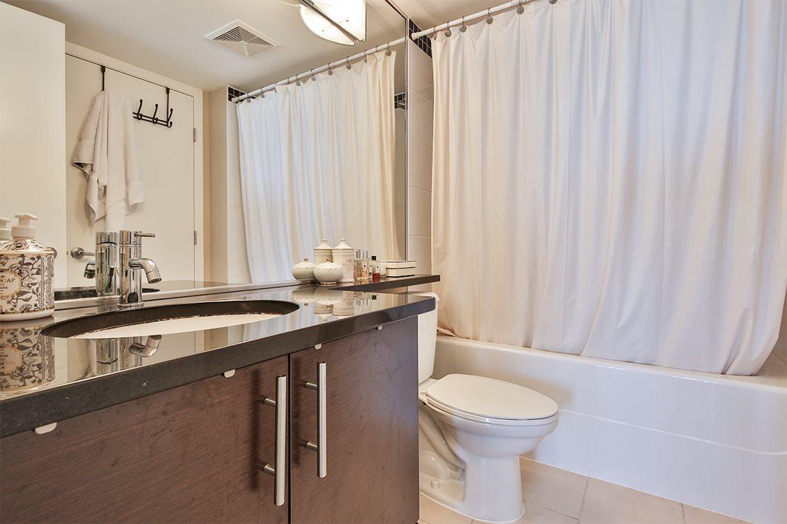 Condo Apartment at 1608 555 DELESTRE AVENUE, Unit 1608, Coquitlam, British Columbia. Image 10