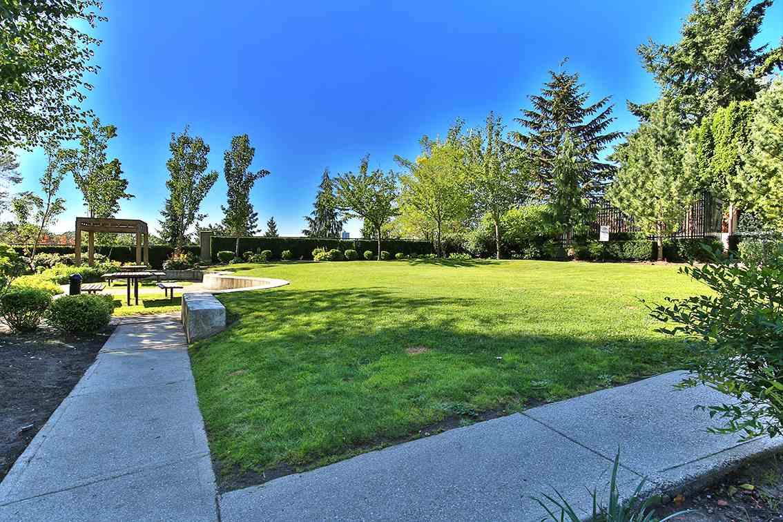 Condo Apartment at 1608 555 DELESTRE AVENUE, Unit 1608, Coquitlam, British Columbia. Image 12