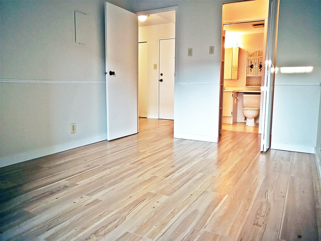 Condo Apartment at 214 8451 WESTMINSTER HIGHWAY, Unit 214, Richmond, British Columbia. Image 4