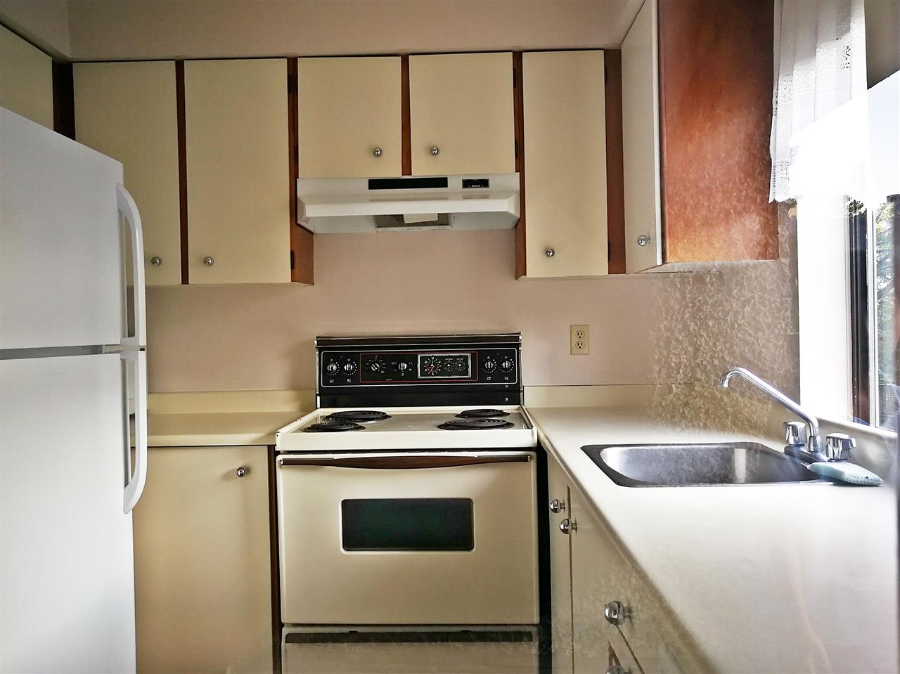 Condo Apartment at 214 8451 WESTMINSTER HIGHWAY, Unit 214, Richmond, British Columbia. Image 6