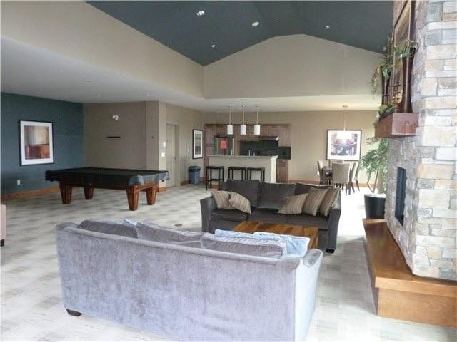 Condo Apartment at 216 3132 DAYANEE SPRINGS BOULEVARD, Unit 216, Coquitlam, British Columbia. Image 5