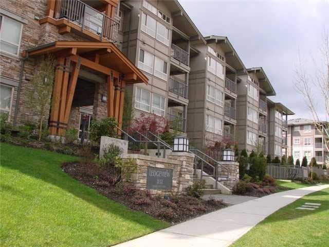 Condo Apartment at 216 3132 DAYANEE SPRINGS BOULEVARD, Unit 216, Coquitlam, British Columbia. Image 9