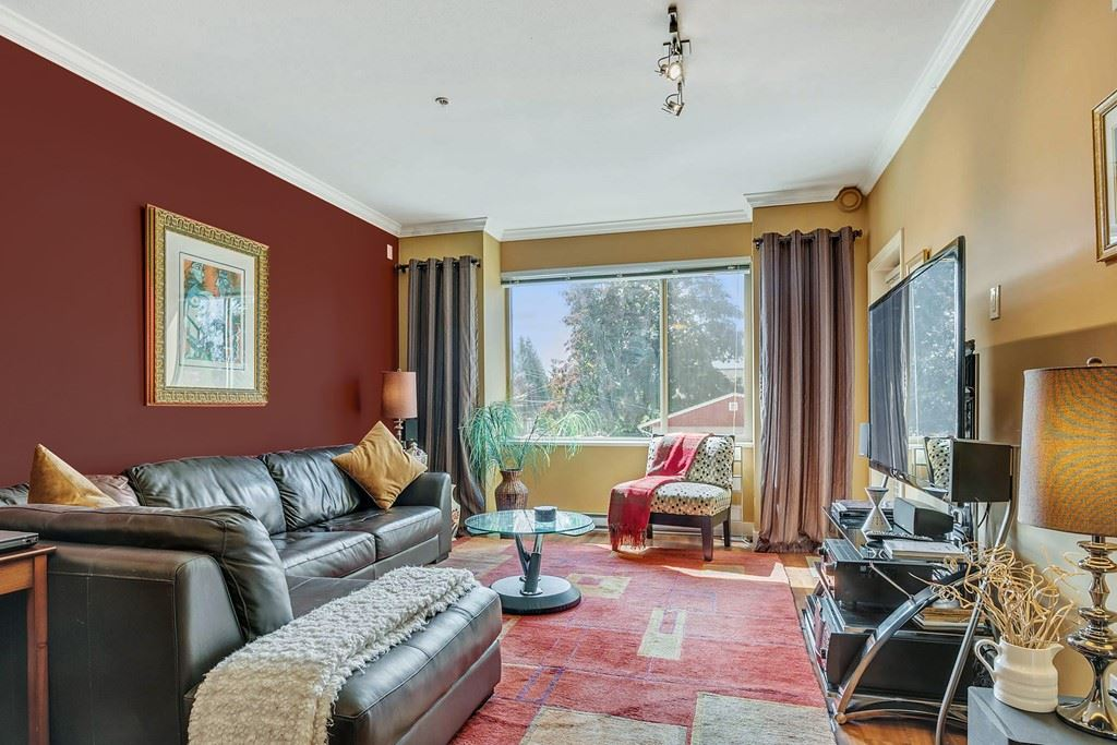 Condo Apartment at 214 11935 BURNETT STREET, Unit 214, Maple Ridge, British Columbia. Image 2