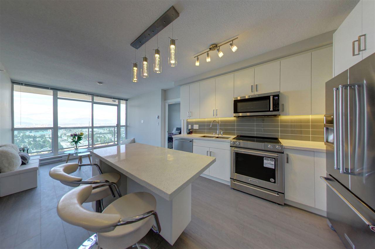 Condo Apartment at 3305 11967 80TH AVENUE, Unit 3305, N. Delta, British Columbia. Image 5