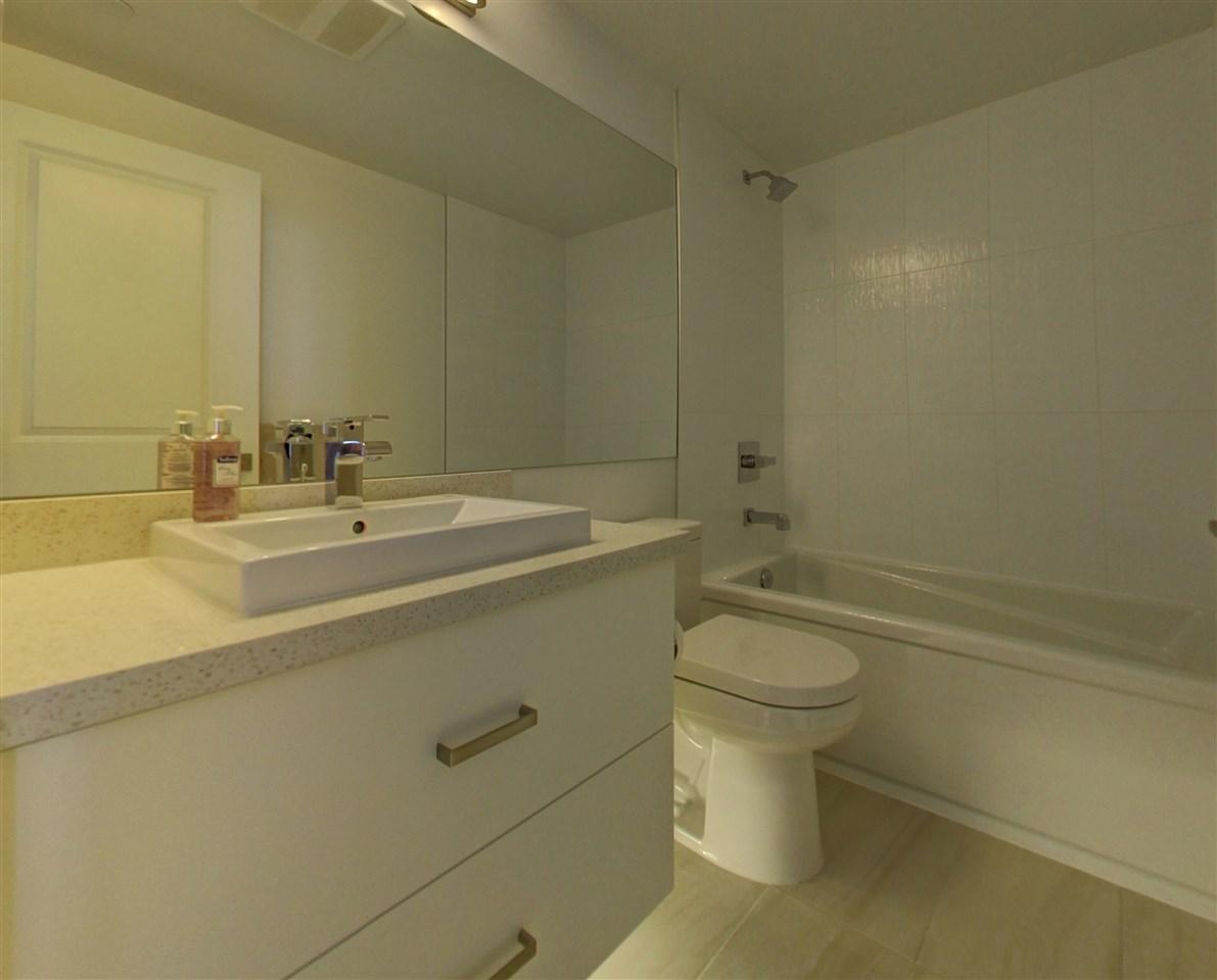 Condo Apartment at 3305 11967 80TH AVENUE, Unit 3305, N. Delta, British Columbia. Image 10