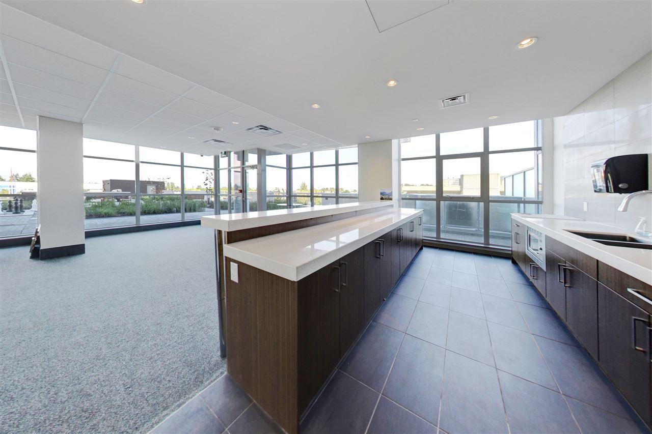 Condo Apartment at 3305 11967 80TH AVENUE, Unit 3305, N. Delta, British Columbia. Image 16
