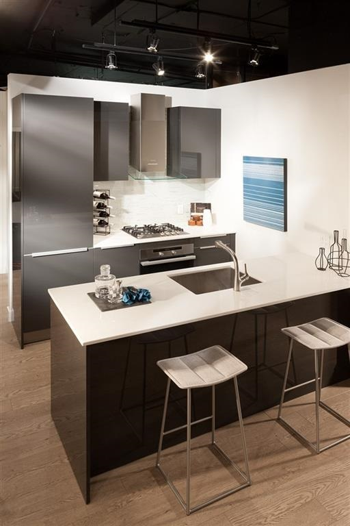 Condo Apartment at 4202 1283 HOWE STREET, Unit 4202, Vancouver West, British Columbia. Image 6