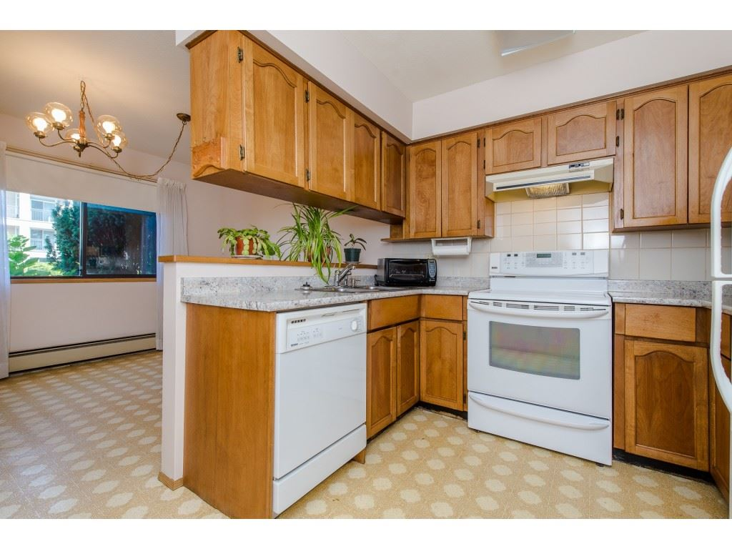 Condo Apartment at 134 31955 OLD YALE ROAD, Unit 134, Abbotsford, British Columbia. Image 4