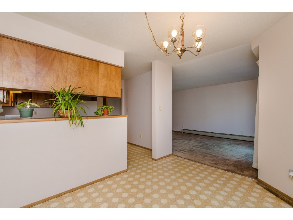 Condo Apartment at 134 31955 OLD YALE ROAD, Unit 134, Abbotsford, British Columbia. Image 8