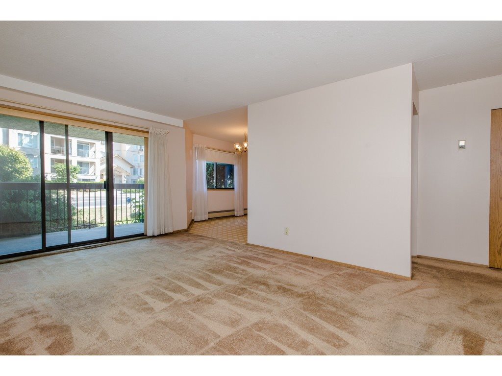 Condo Apartment at 134 31955 OLD YALE ROAD, Unit 134, Abbotsford, British Columbia. Image 11