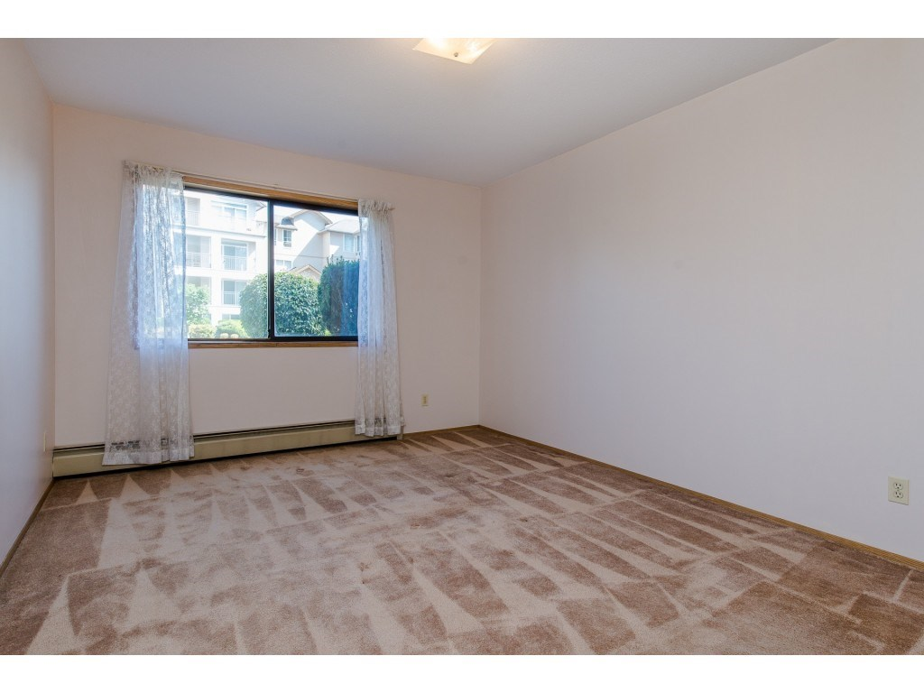 Condo Apartment at 134 31955 OLD YALE ROAD, Unit 134, Abbotsford, British Columbia. Image 16