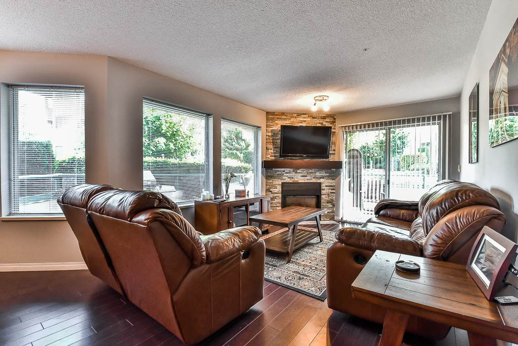 Condo Apartment at 142 33173 OLD YALE ROAD, Unit 142, Abbotsford, British Columbia. Image 2