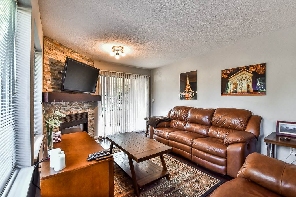 Condo Apartment at 142 33173 OLD YALE ROAD, Unit 142, Abbotsford, British Columbia. Image 3
