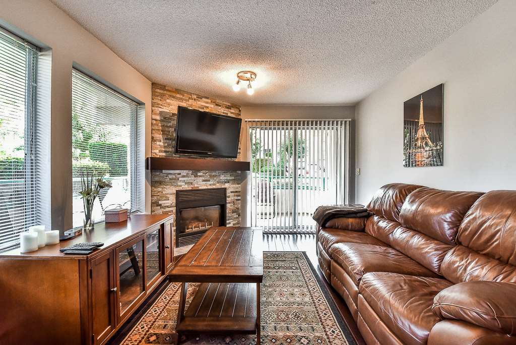 Condo Apartment at 142 33173 OLD YALE ROAD, Unit 142, Abbotsford, British Columbia. Image 4