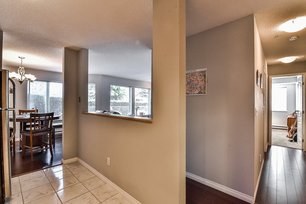 Condo Apartment at 142 33173 OLD YALE ROAD, Unit 142, Abbotsford, British Columbia. Image 11