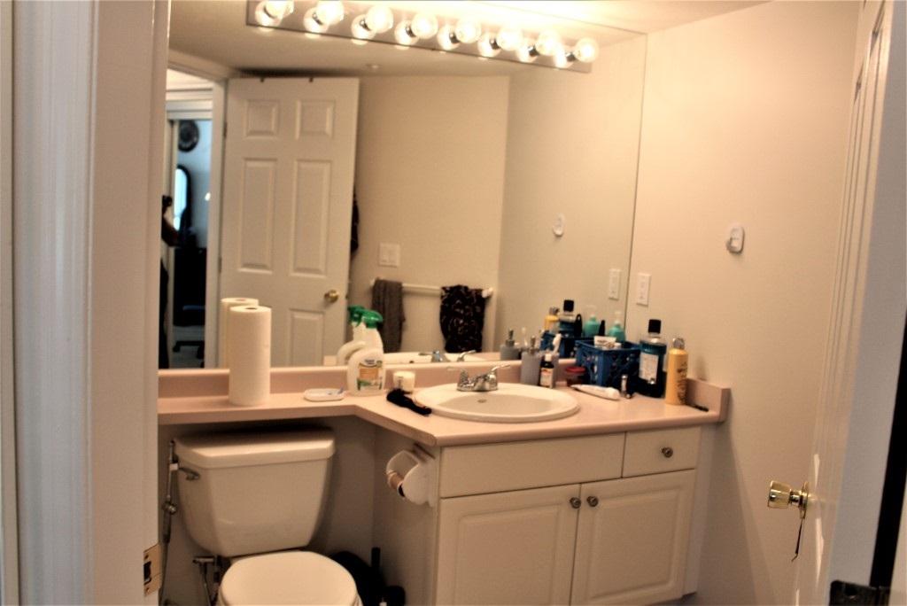 Condo Apartment at 113 7171 121 STREET, Unit 113, Surrey, British Columbia. Image 6