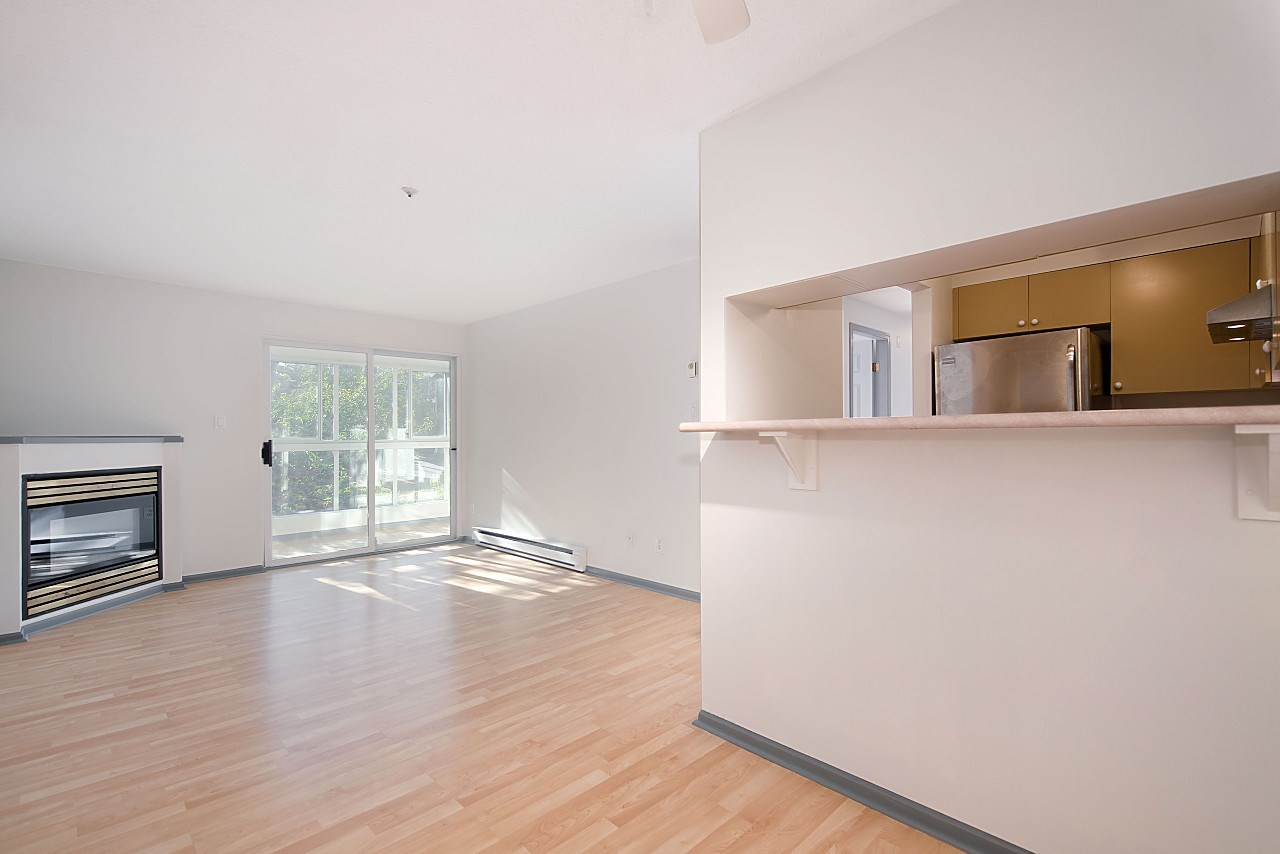 Condo Apartment at 310 2211 WALL STREET, Unit 310, Vancouver East, British Columbia. Image 3