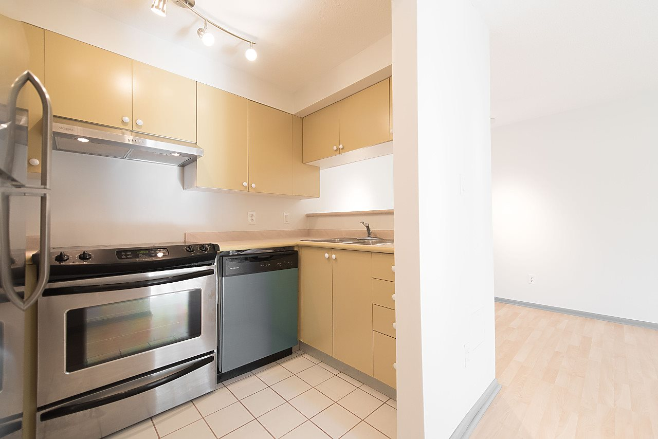 Condo Apartment at 310 2211 WALL STREET, Unit 310, Vancouver East, British Columbia. Image 5