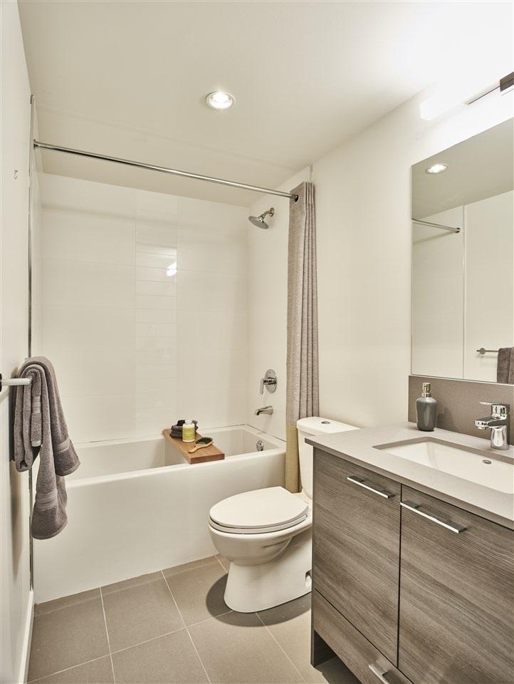 Condo Apartment at 307 13963 105A STREET, Unit 307, North Surrey, British Columbia. Image 7