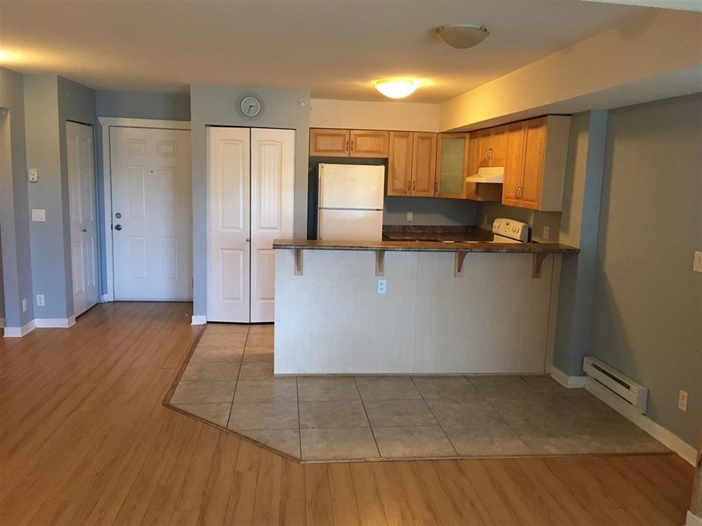 Condo Apartment at 107 6960 120 STREET, Unit 107, Surrey, British Columbia. Image 3