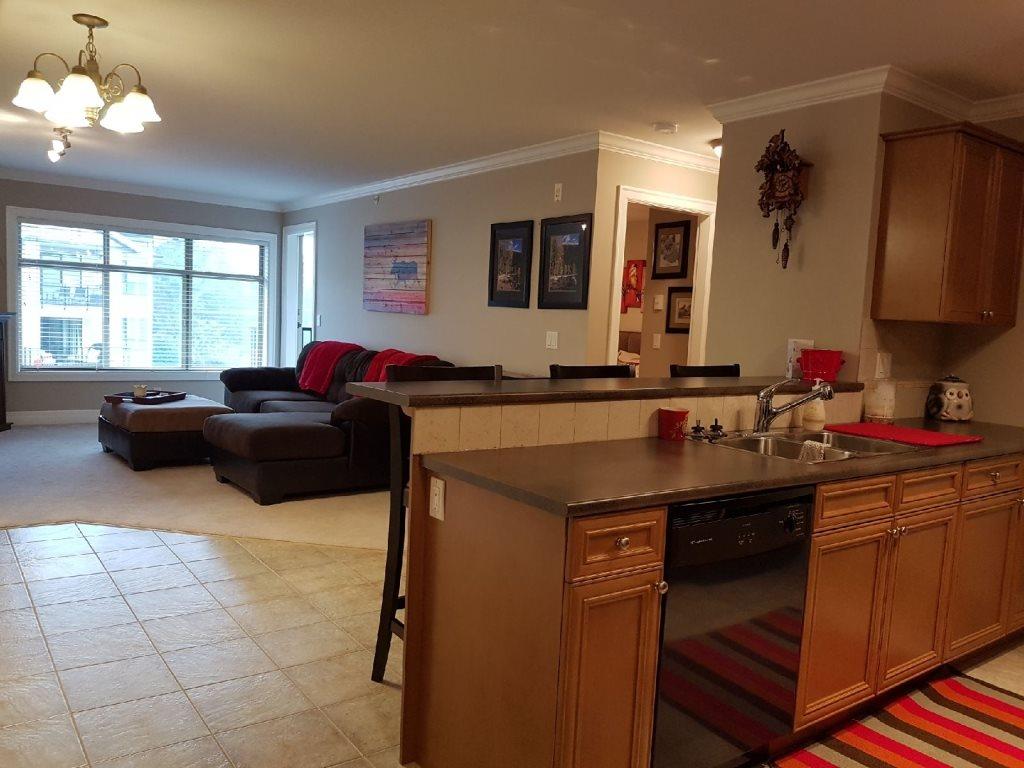 Condo Apartment at 405 45769 STEVENSON ROAD, Unit 405, Sardis, British Columbia. Image 1
