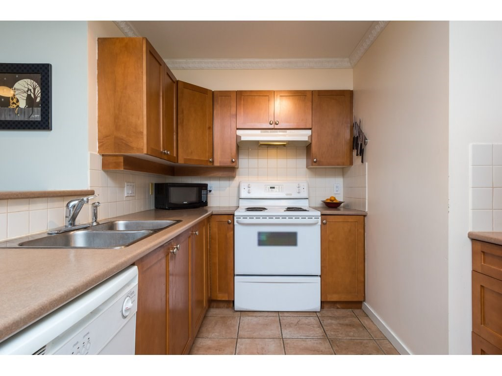 Condo Apartment at 314 18 SMOKEY SMITH PLACE, Unit 314, New Westminster, British Columbia. Image 6