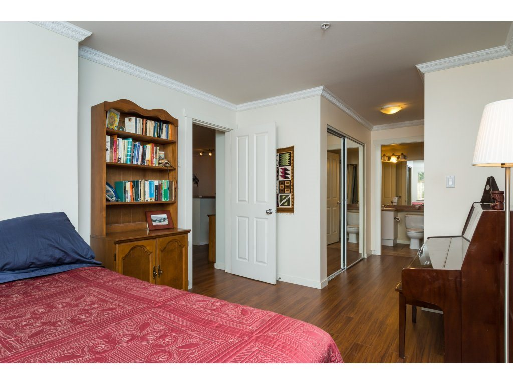 Condo Apartment at 314 18 SMOKEY SMITH PLACE, Unit 314, New Westminster, British Columbia. Image 13