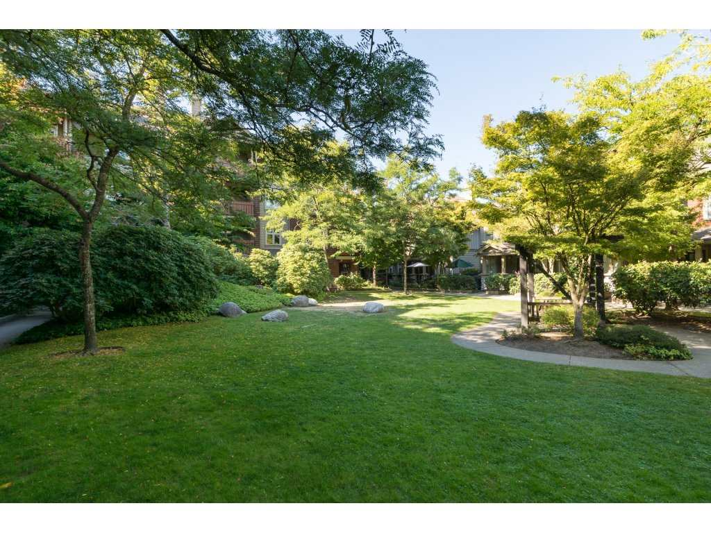 Condo Apartment at 314 18 SMOKEY SMITH PLACE, Unit 314, New Westminster, British Columbia. Image 17