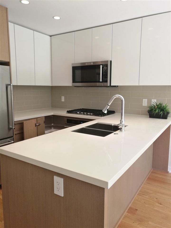 Condo Apartment at 330 7008 RIVER PARKWAY, Unit 330, Richmond, British Columbia. Image 2