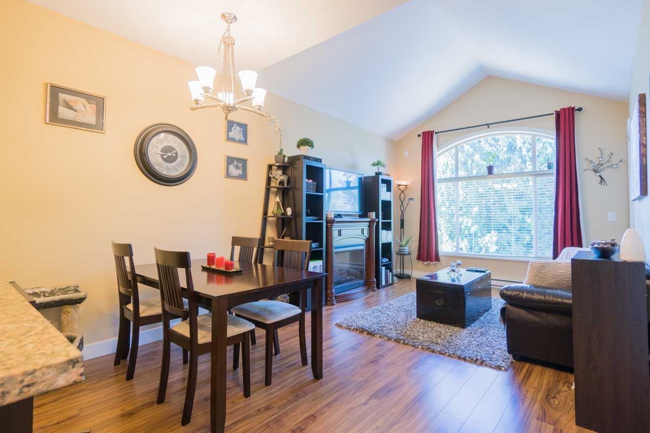 Condo Apartment at 404 12525 190A STREET, Unit 404, Pitt Meadows, British Columbia. Image 5