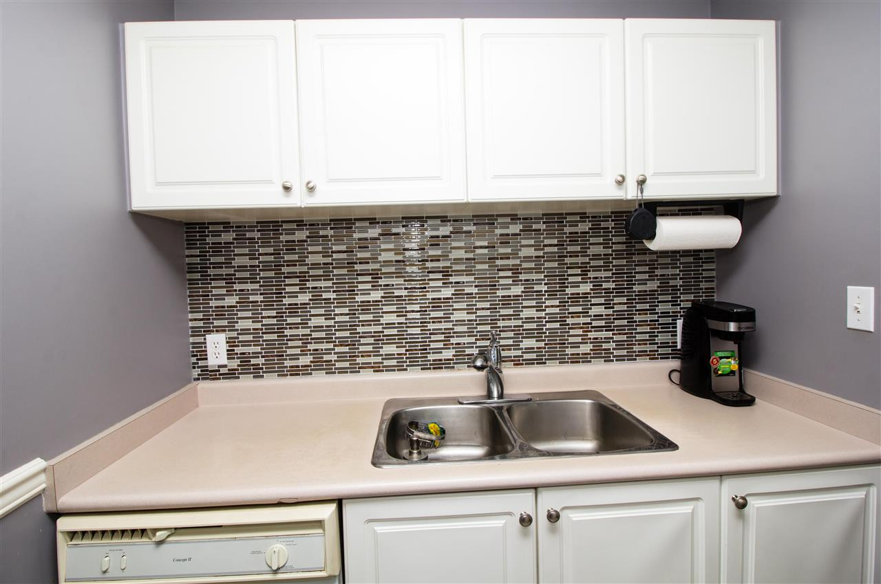 Condo Apartment at 114 7505 138 STREET, Unit 114, Surrey, British Columbia. Image 7