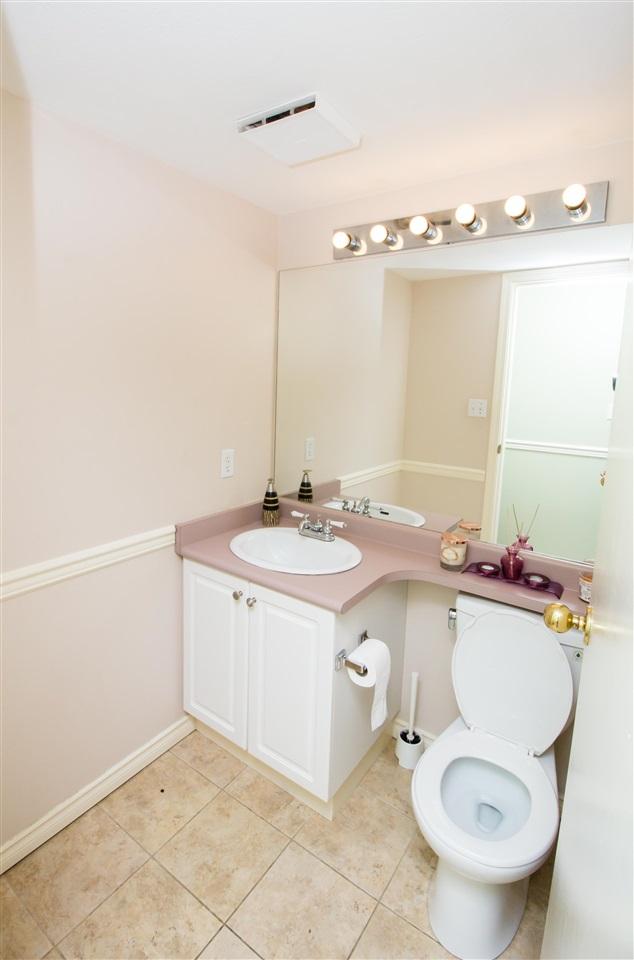 Condo Apartment at 114 7505 138 STREET, Unit 114, Surrey, British Columbia. Image 13