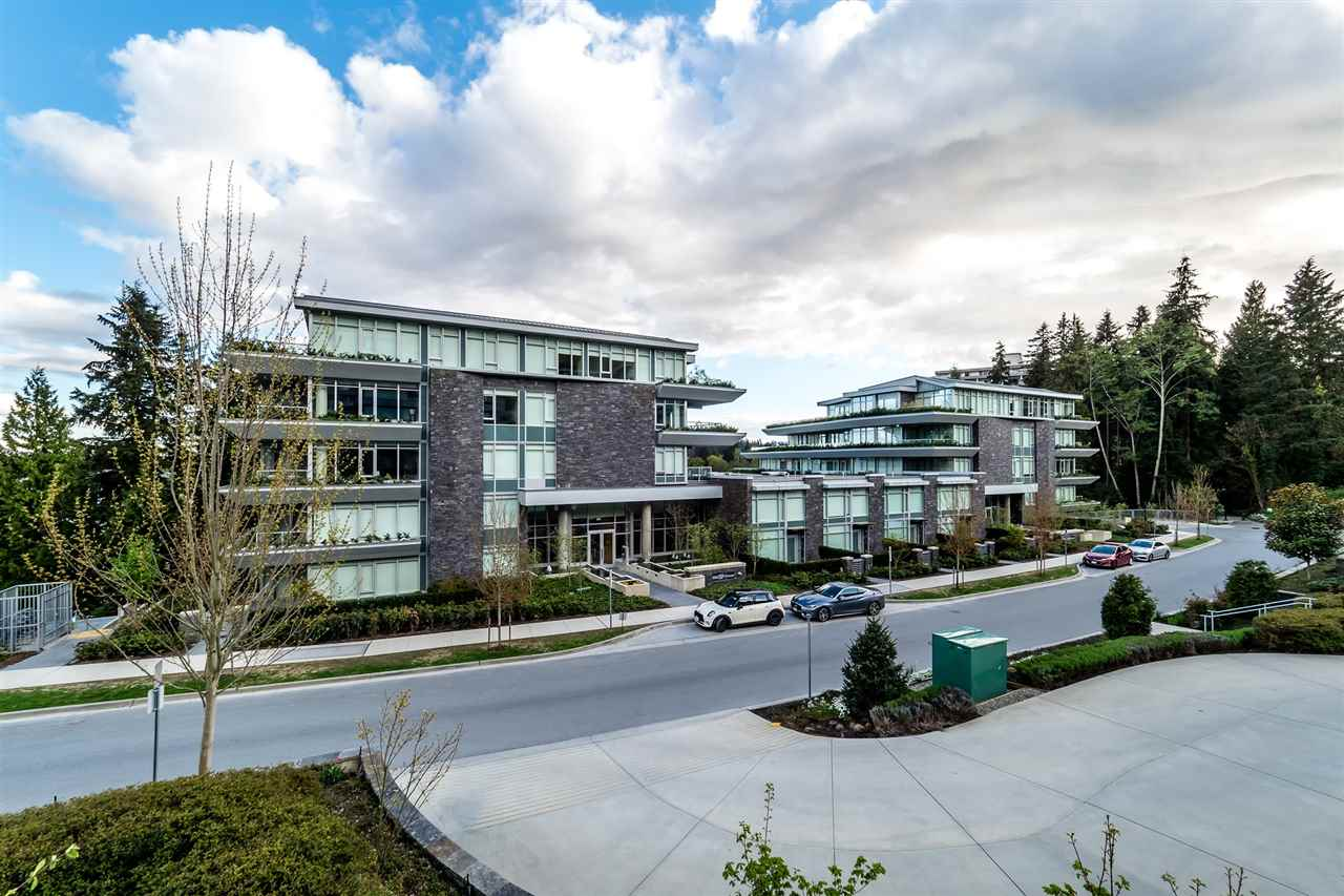 Condo Apartment at 100 866 ARTHUR ERICKSON PLACE, Unit 100, West Vancouver, British Columbia. Image 1
